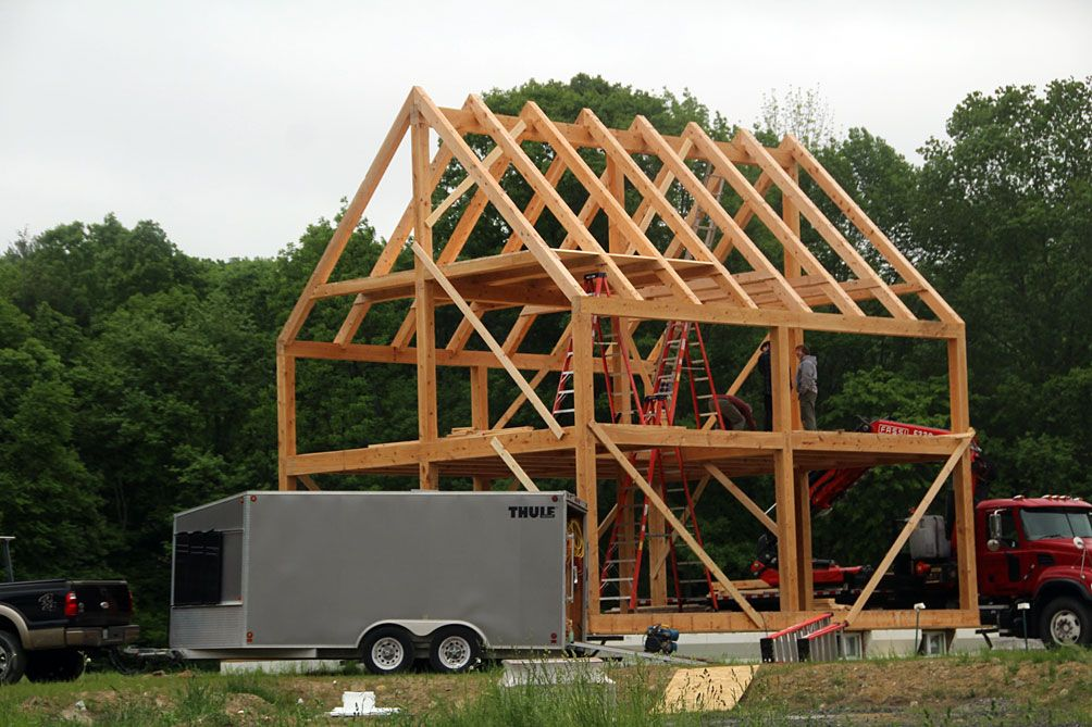 24 X 28 Timber Frame With Ridge Pole Built By Bungalowinabox