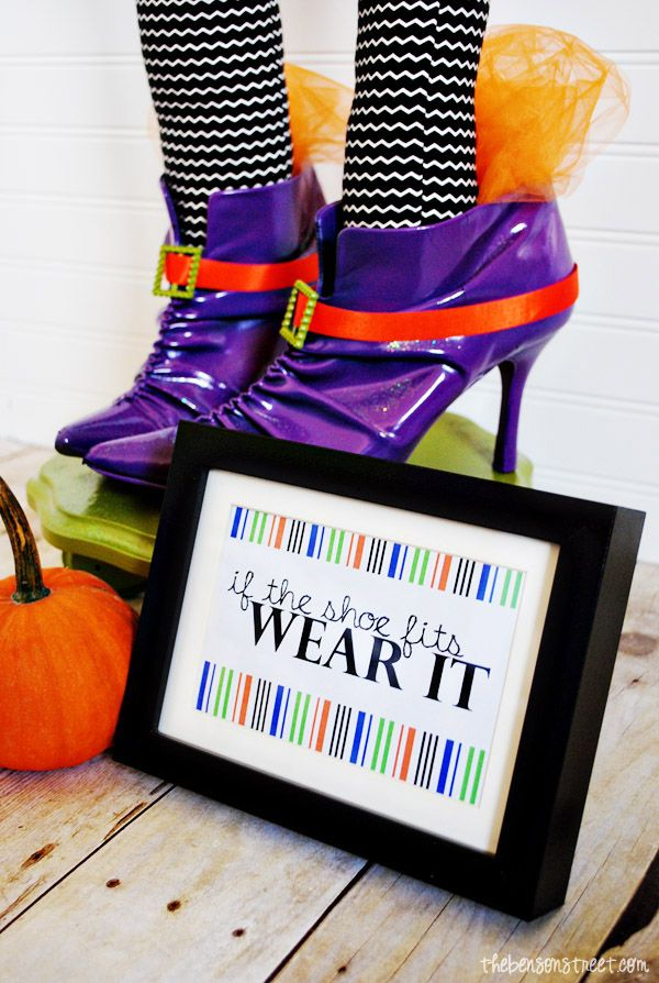 Witch Shoes Halloween Centerpiece plus Printable Witch shoes - halloween centerpiece