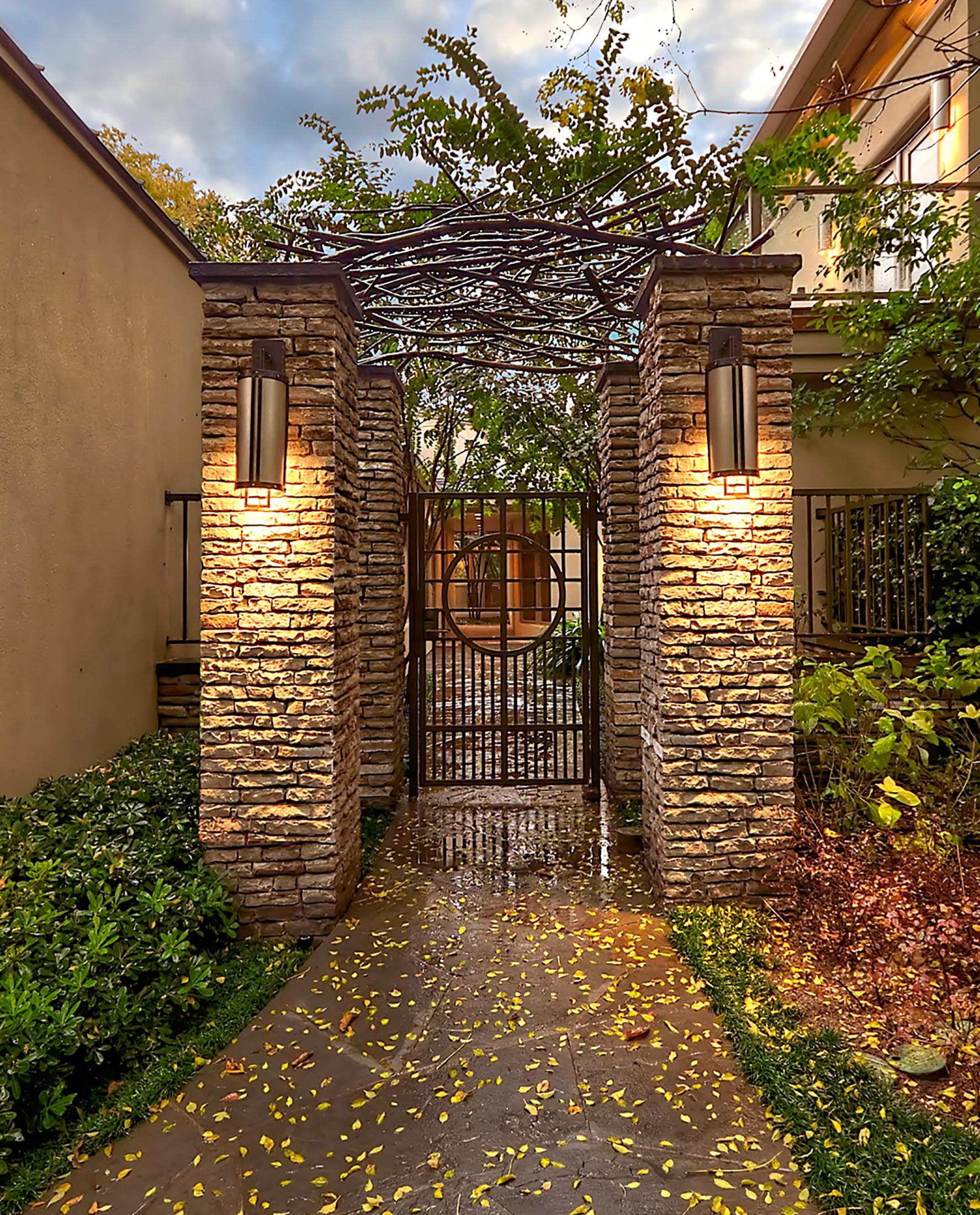 Modern Entry Gate With Branch Design Iron Trellis Harold Leidner