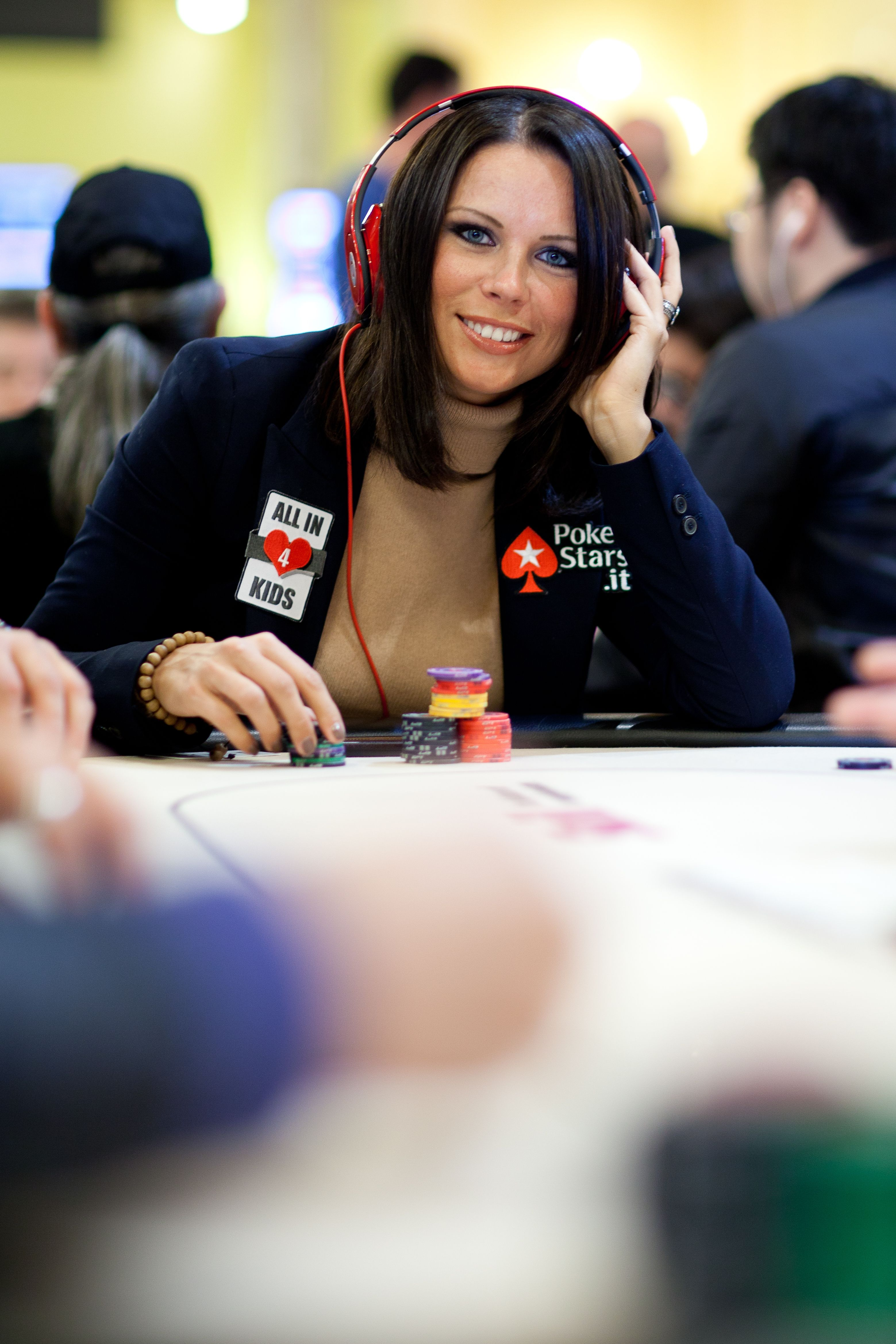Alicia spencer poker how to play poker night at the inventory on mac