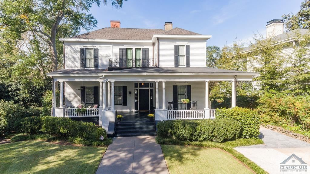 Take A Step Back In Time Into The Splendor And Grandeur Of The Rowland Jarrett House Located In Dearing Street House Exterior Real Estate Buying House Styles