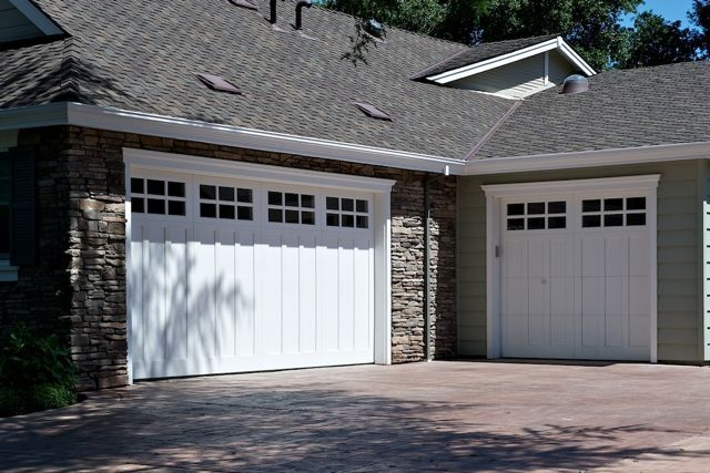 Good Tips For Choosing A Qualified Carriage Garage Doors Denver Service Provider