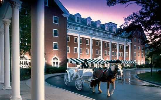 Gideon Putnam Resort Saratoga Springs Saratogahotels Http Www Saratoga Org Visitors Saratoga Springs Ny Saratoga Springs New York Ny Hotel