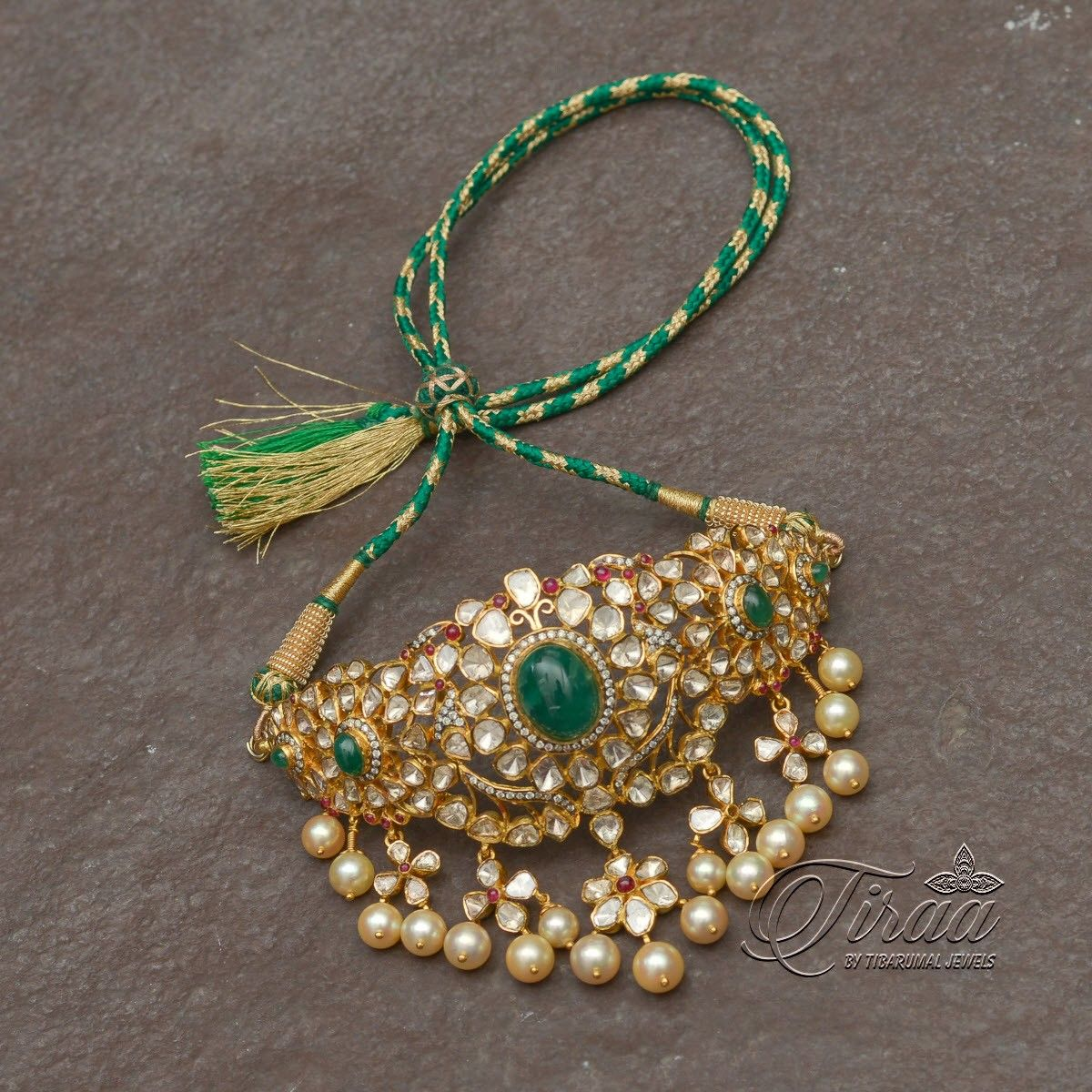 Pin By Deepti On Jewelry Antique Jewellery Designs Gold Jewelry Fashion Beautiful Gold Necklaces