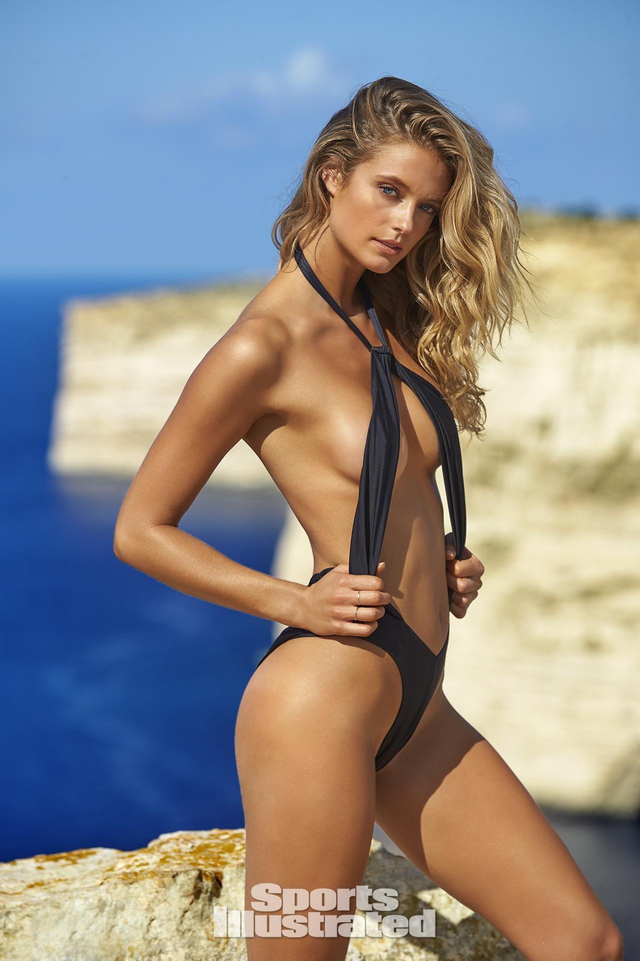 Topless Amber Valletta nudes (32 foto and video), Ass, Is a cute, Feet, legs 2006