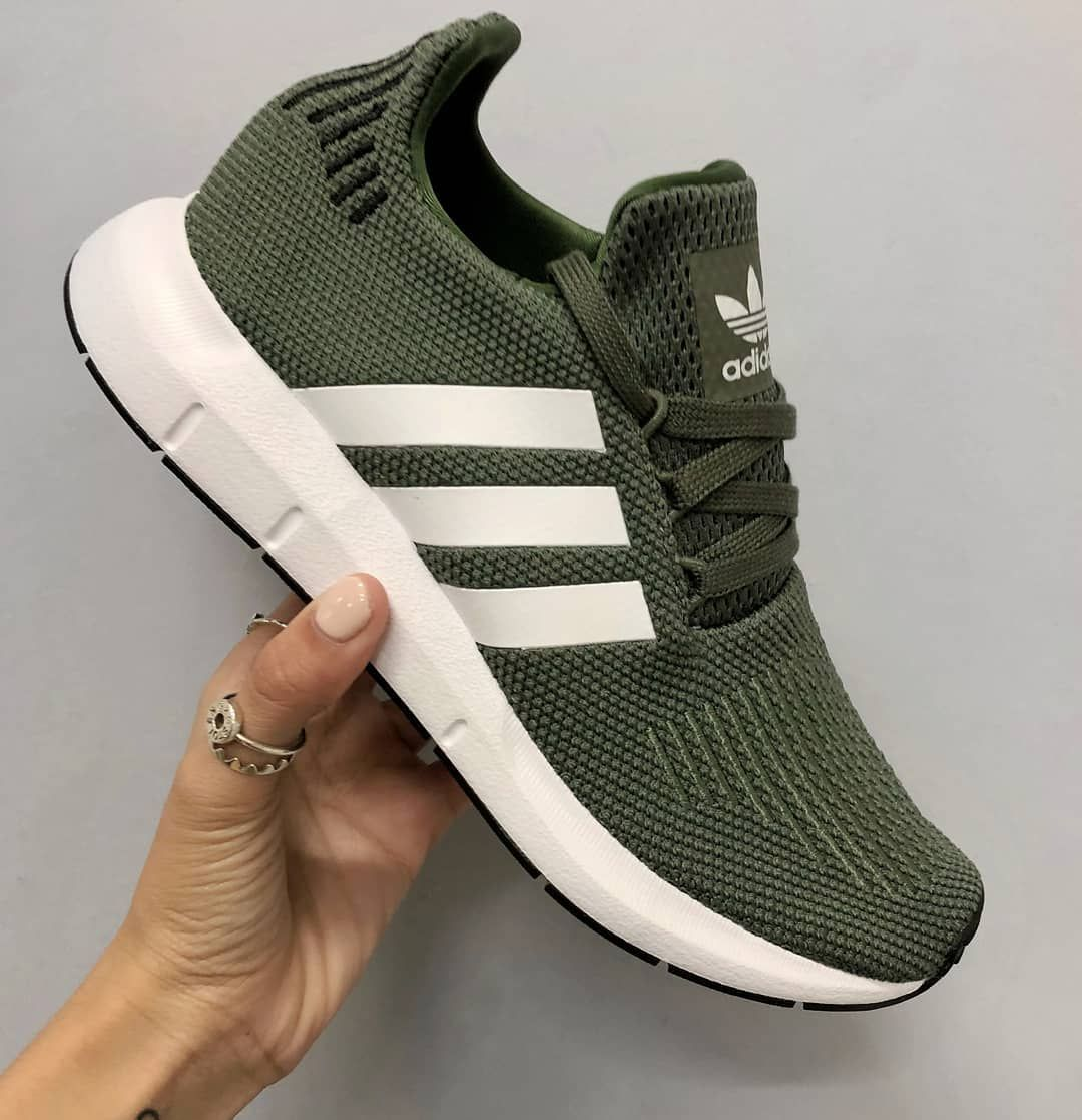 adidas Originals Swift Run - Green | Adidas schoenen ...