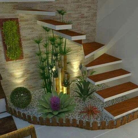 Pin de alvaro ram rez en escaleras treppe haus for Jardin interior bajo escalera