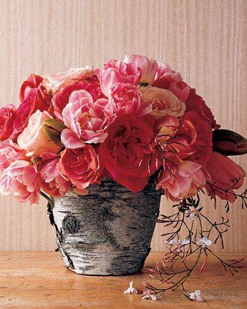 DIY - Craft: Bark-Wrapped Flower Pots - Martha Stewart