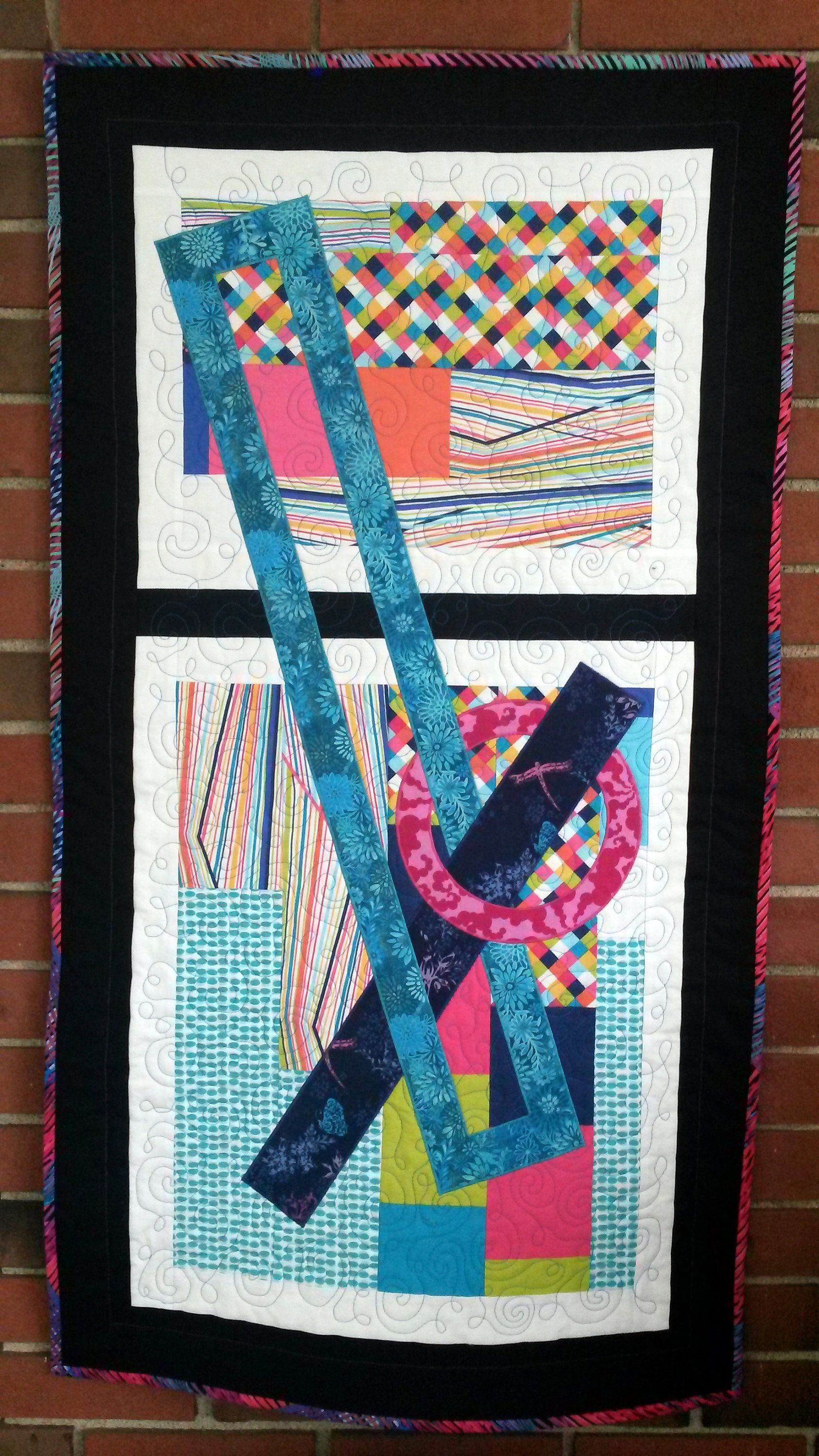 Modern Quilted Wall Hanging Geometric Shapes Applique Etsy Art Quilts Quilted Wall Hangings Circle Quilts