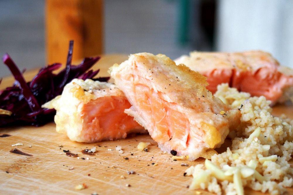 Schnelle Gerichte zu Weihnachten Lebkuchen-Lachs, Rotkohl  Couscous