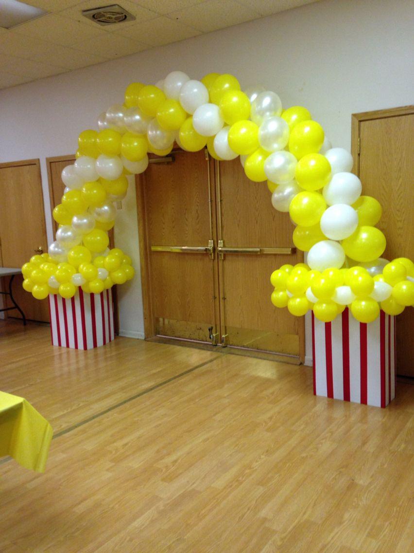 Popcorn balloon arch by creaciones por melania balloon for Balloon decoration ideas pinterest