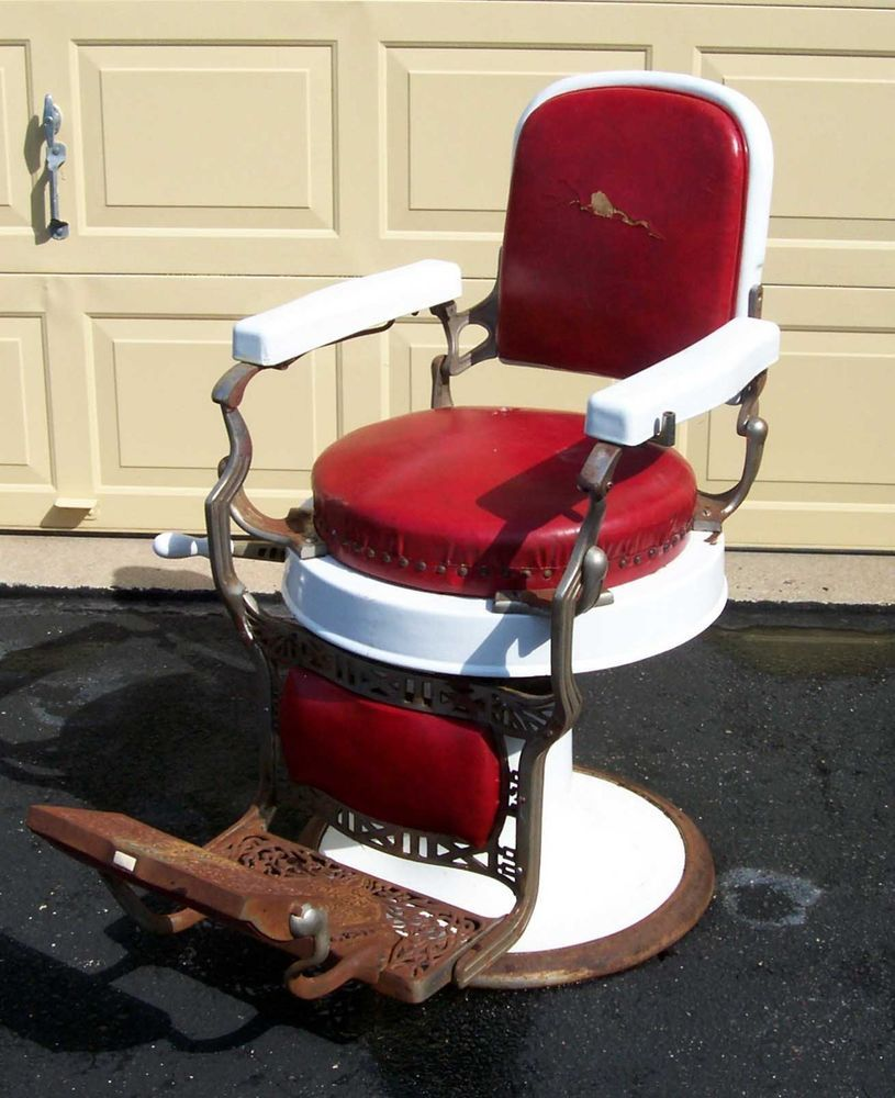 Antique 1920's Koken Barber Chair for restoration or parts. - Antique 1920's Koken Barber Chair For Restoration Or Parts