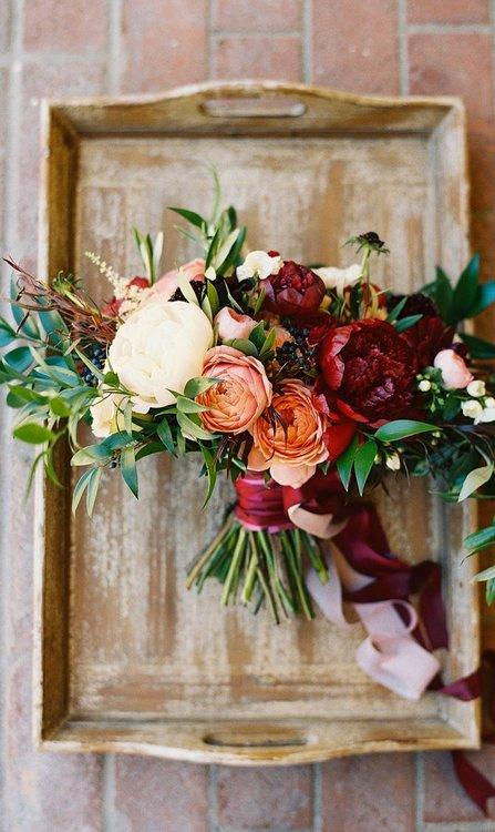Herbstliche Brautsträusse für Ihre Hochzeit, die Sie sich nicht entgehen lassen sollten!
