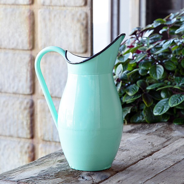 Vintage Style Enamel Water Jug Metal Jug Blue Shabby Chic Style Vase Water Pitcher