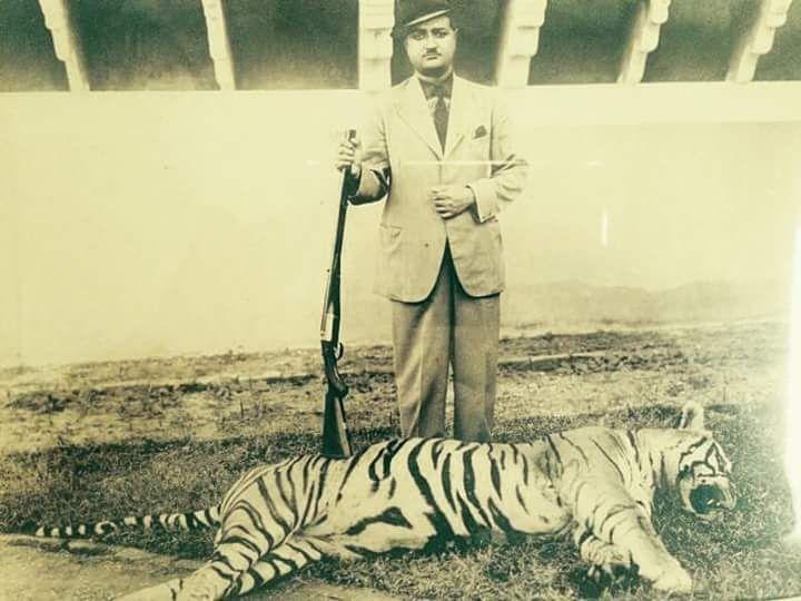 Late Maharaj Ridmal Singh Ji Rathore of Raoti Marwar S/o Late Maharaj Sher Singh Ji Rathore of Raoti Marwar _ Tiger Shoot at #SariskaTigerReserve_Alwar Estate.....!!! By Rohit Sonkiya