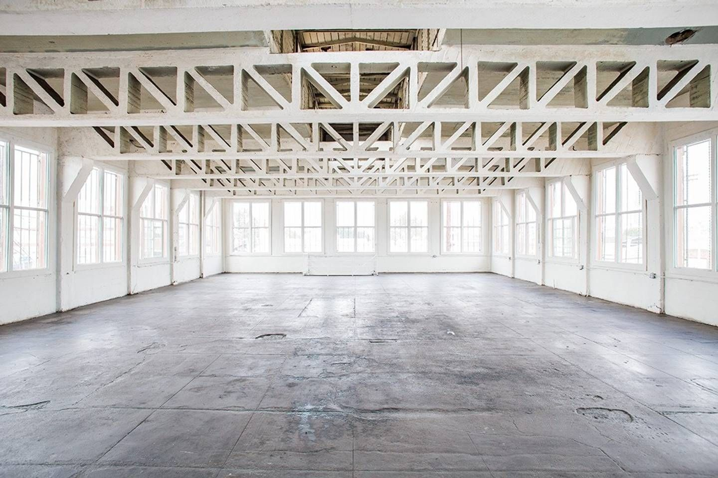 New York Style Warehouse Loft With Central Ac Lofts For Rent In Los Angeles Lofts For Rent Loft Design New York Loft
