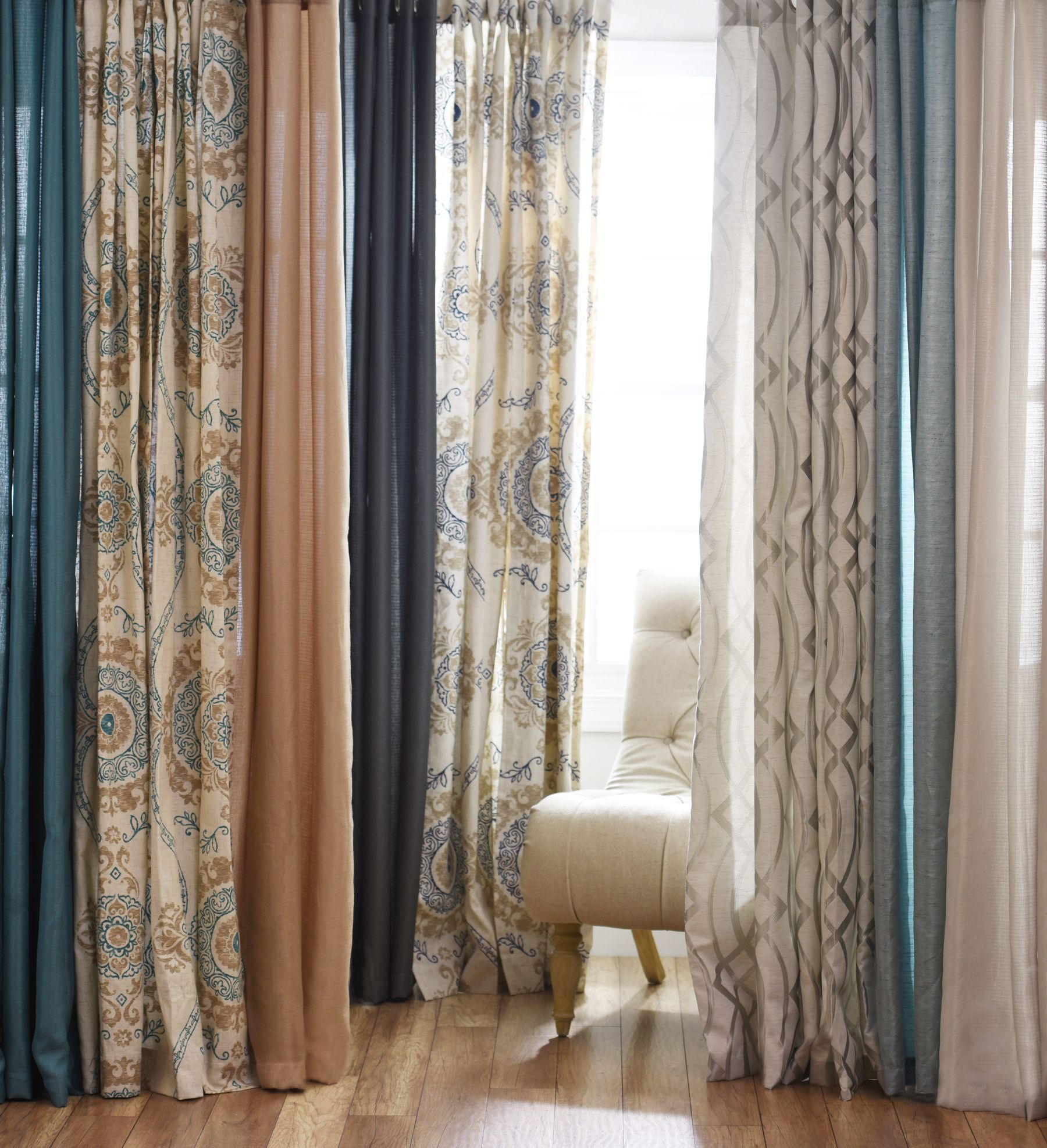 Bright And Bold Guest Bedroom: Curtains Are A Necessary Part Of Any Home! Keep The Sun