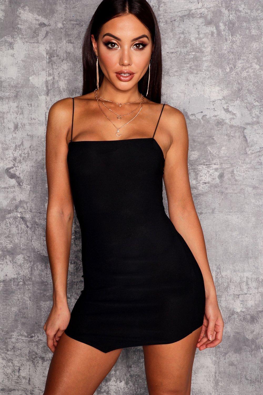 Square Neck Hem Detail Bodycon Dress Boohoo Boohoo Dresses Womens Dresses Bodycon Dress [ 1500 x 1000 Pixel ]
