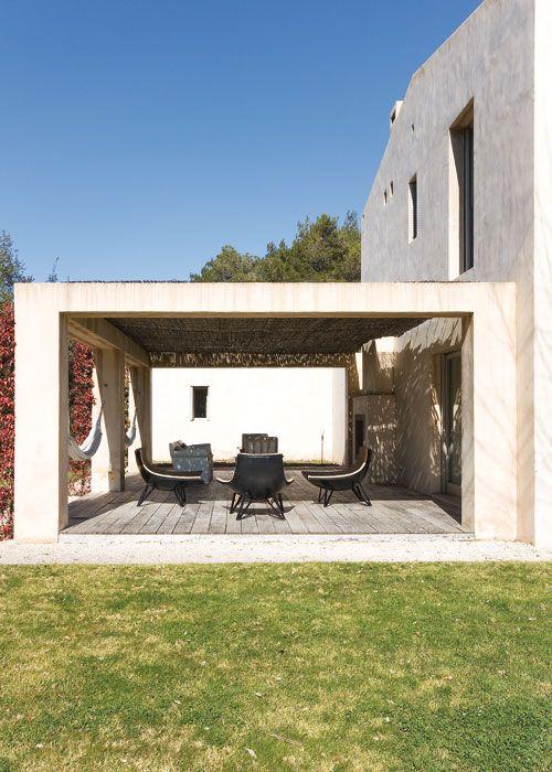 Moderno y depurado. Pertenece a una casa de nueva construcción en Mallorca.