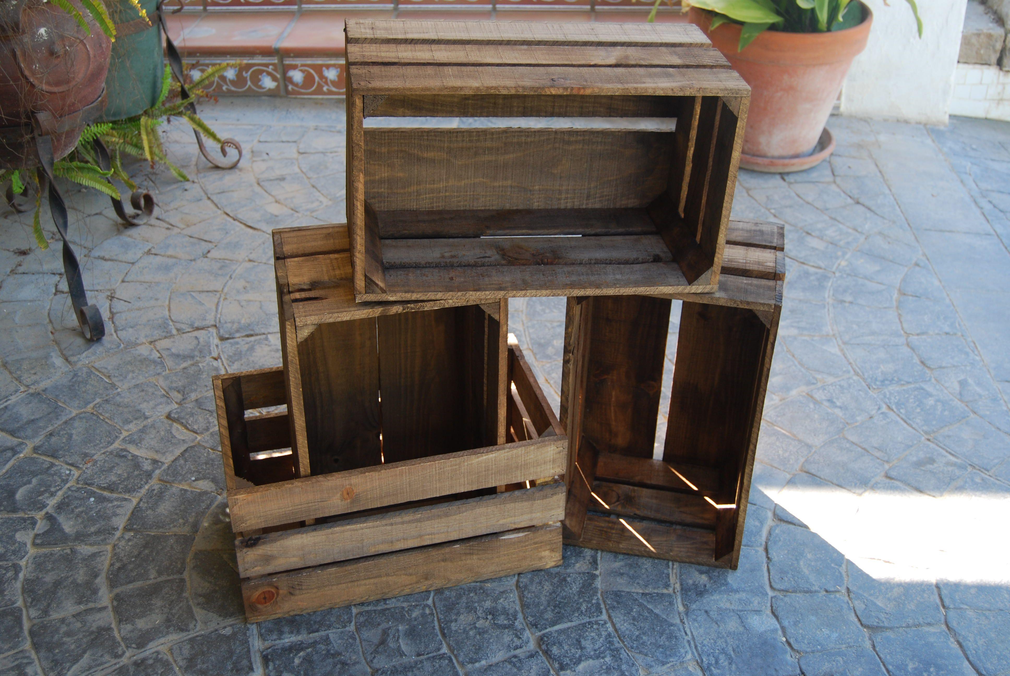 Cajas juntas que forman una... estantería, cajones, lo que quieras #madera #artesanal #diseño #interior #exterior #decoracion #wood