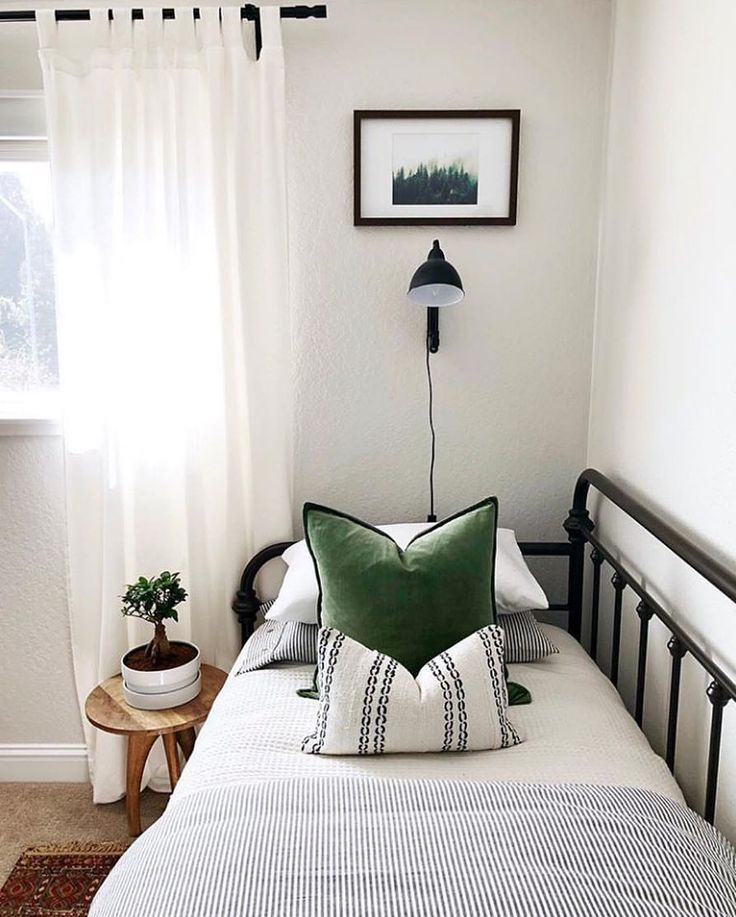 Photo of LOVE this farmhouse minimalistic bedroom. The Iron Day Bed and Simple Hunter Gre …