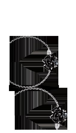 d2306e7d59dd02 Chanel Camélia Bracelet in 18K white gold, onyx and diamonds ...