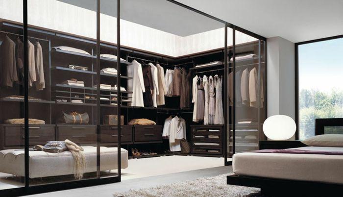 schönes schlafzimmer - stylische garderobe mit glastüren | salon, Schlafzimmer ideen
