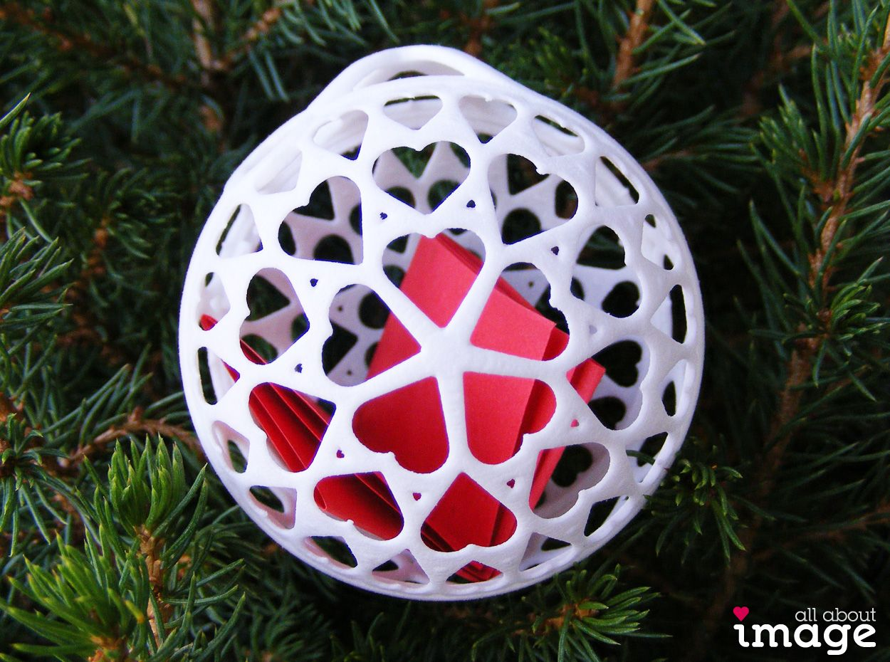Customizable 3d Printed Christmas Ornaments Choose Your Favorite Design And Colors The Ornament Can Also Be Used To Wrap A Sma Small Gifts Prints 3d Printing