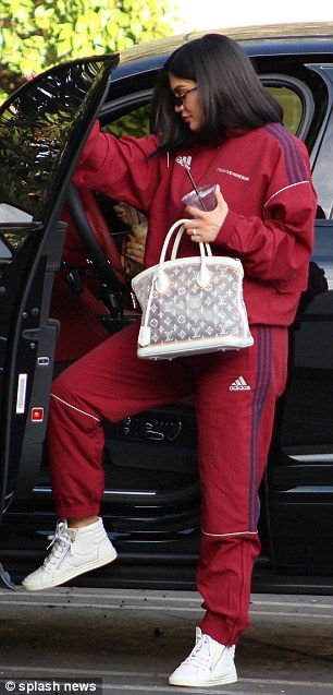 84c69dd2ff5 New mom Kylie Jenner keeps it comfortable in baggy Adidas track suit ...
