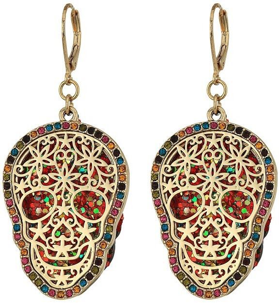 Oh my goodness!! For the love of #skulls I am putting these on the top of my wish list! #BetseyJohnson - Gold Skull Drop Earrings Earring #jewelry #fashion #trends #affiliate