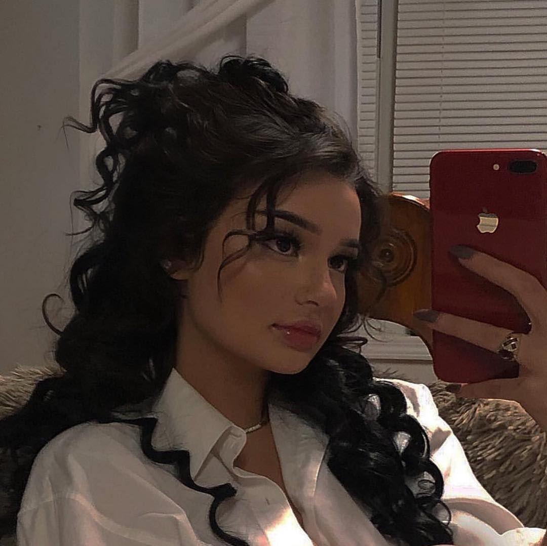 Cherry Heart On Instagram Follow Cherryhato For More Aesthetic Hair Curly Hair Styles Hair Styles