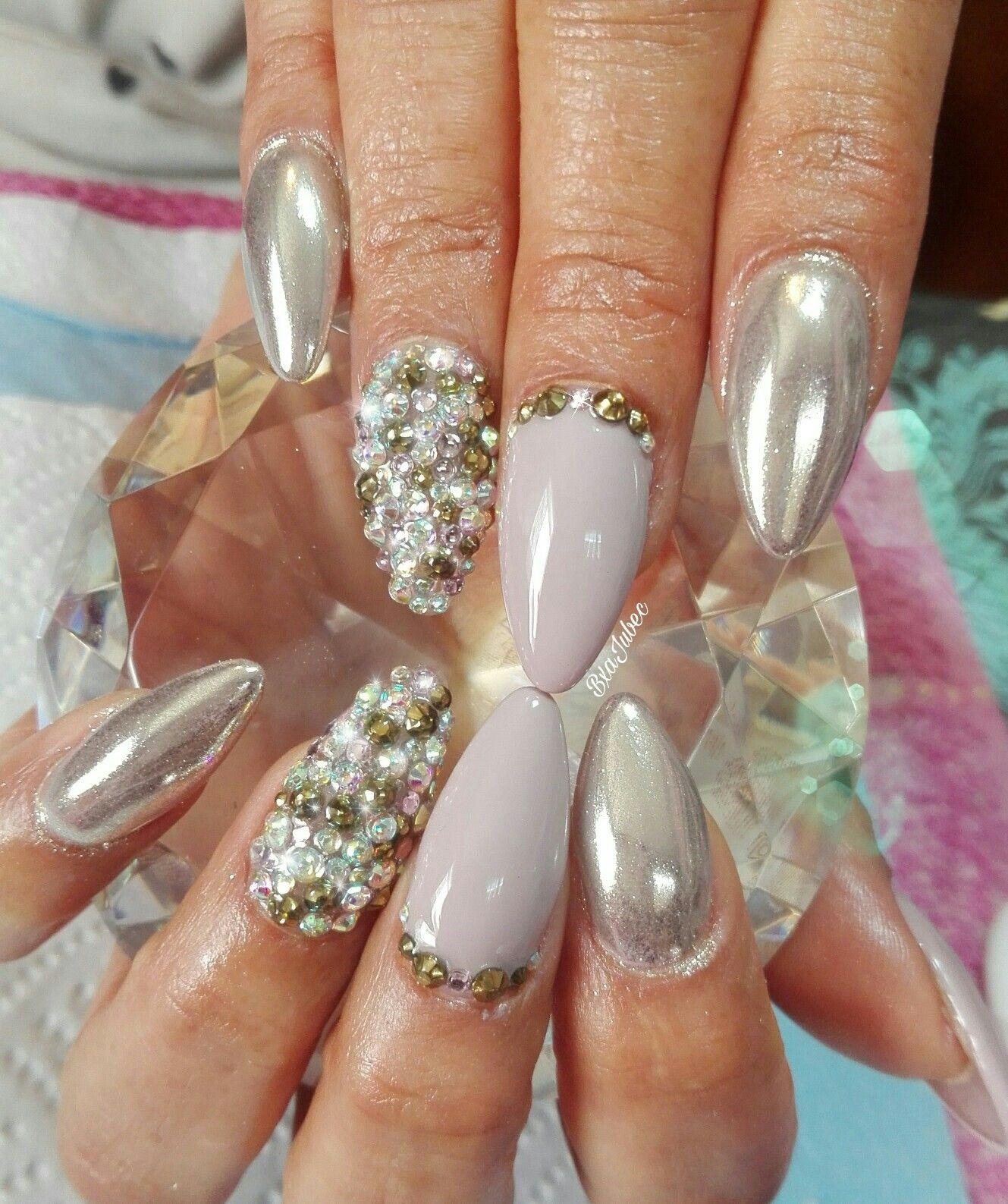 Uñas Efecto Espejo Lila Con Plata Cristales Nails Pretty