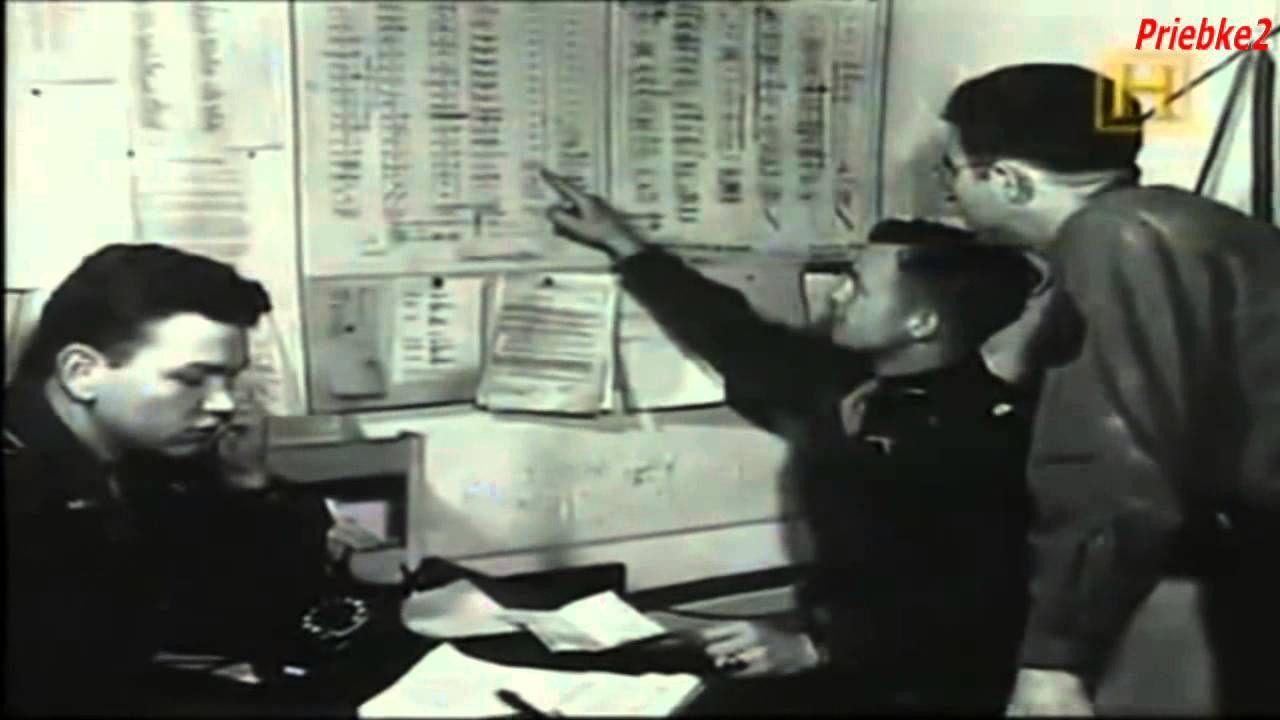 Los Juicios de Nurembeg fueron un conjunto de procesos jurisdiccionales llevados a cabo por los Aliados para sancionar a los responsables del régimen nazi en los crímenes y abusos cometidos contra la Humanidad.