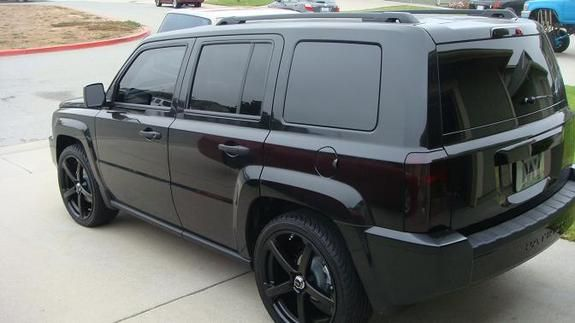 Jeep Commander Blacked Out Google Search Jeep Jeep Cherokee Autos