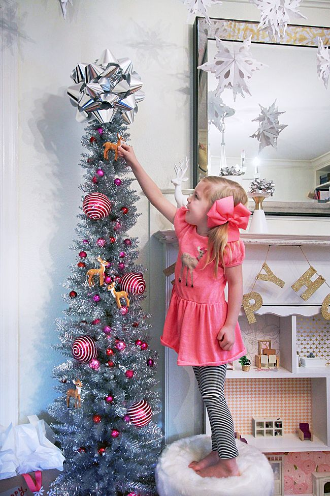 Silver Tinsel Tree / Giant Bow Tree Topper DIY Home Decor