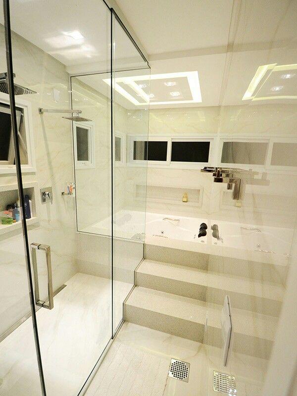 Banheiro suite do casal