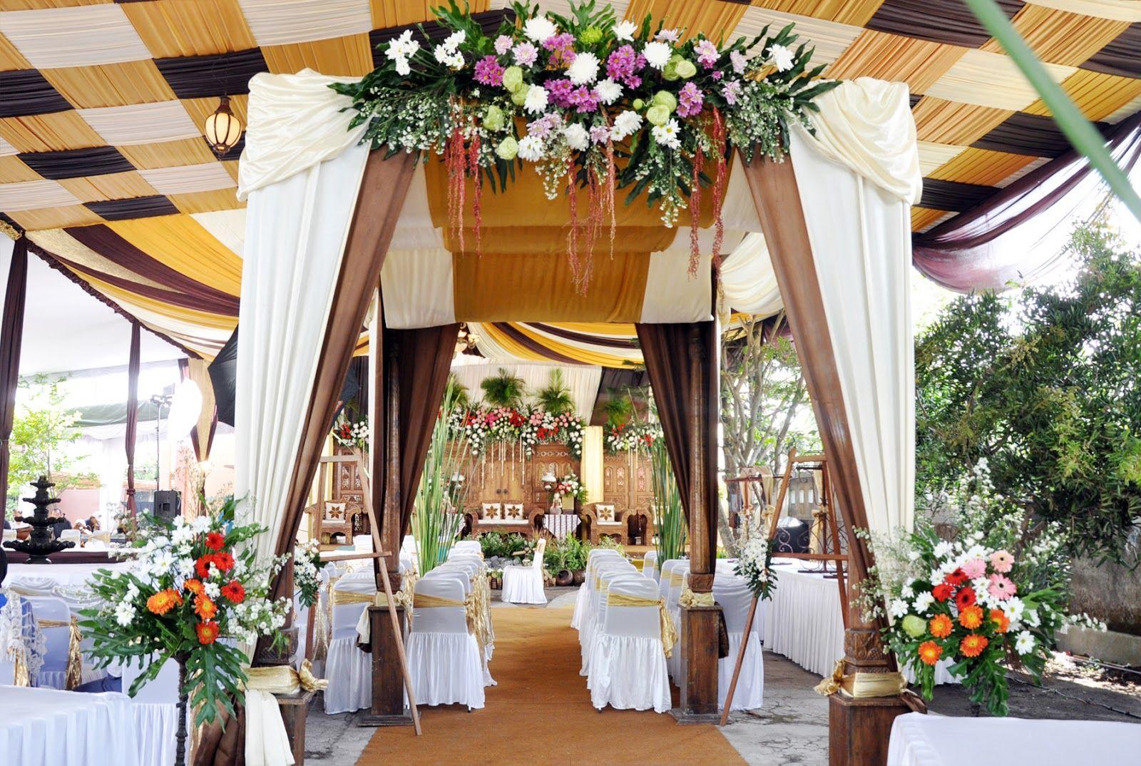 50 Dekorasi Pernikahan Outdoor Minimalis, Simpel dan ...