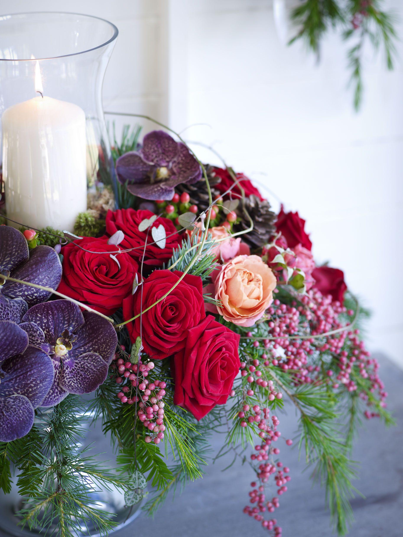 Floral candle arrangement