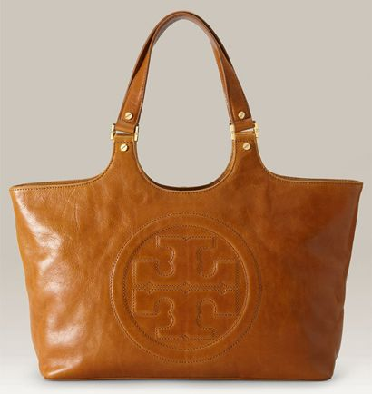 ea82bab76d8285 Love this purse - Tory Burch purse!! I use this everyday in the fall. It s  a classic design