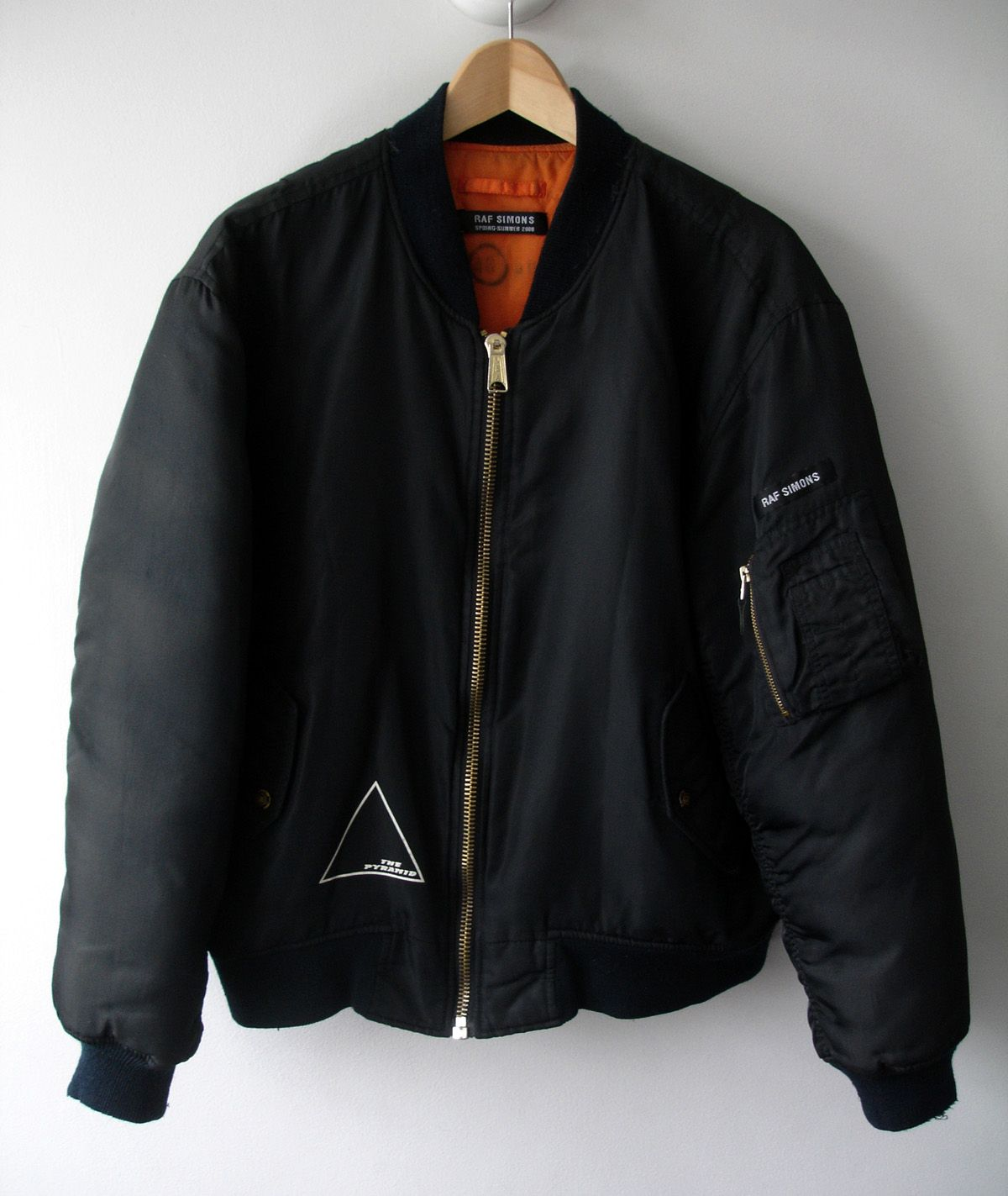 Urban Fashion, Mens Fashion, Style Fashion, Raf Simons, Style Men, Men's  Style, Bomber Jackets, Male Outfits, Gadget