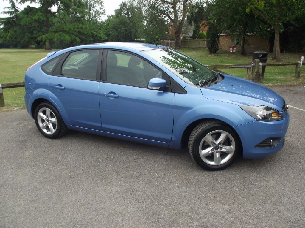 Pin By Carloancentre Barnet On Car Finance Ford Focus Zetec