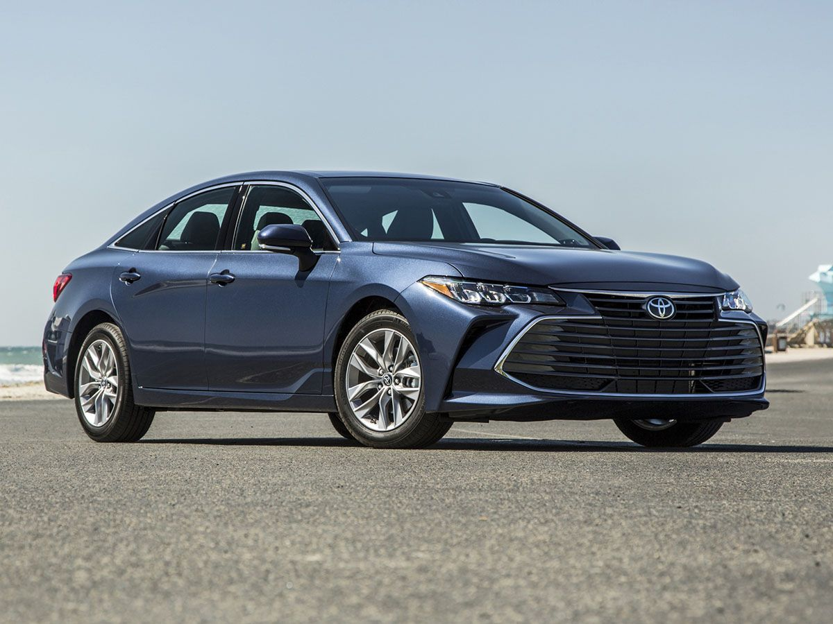 2019 Toyota Avalon First Review Kelley Blue Book
