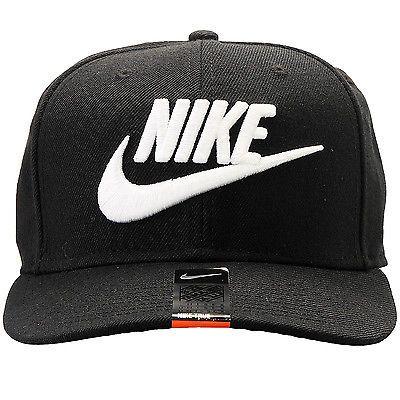 Nike Futura True 2 Snapback 584169010 Black Black Black White