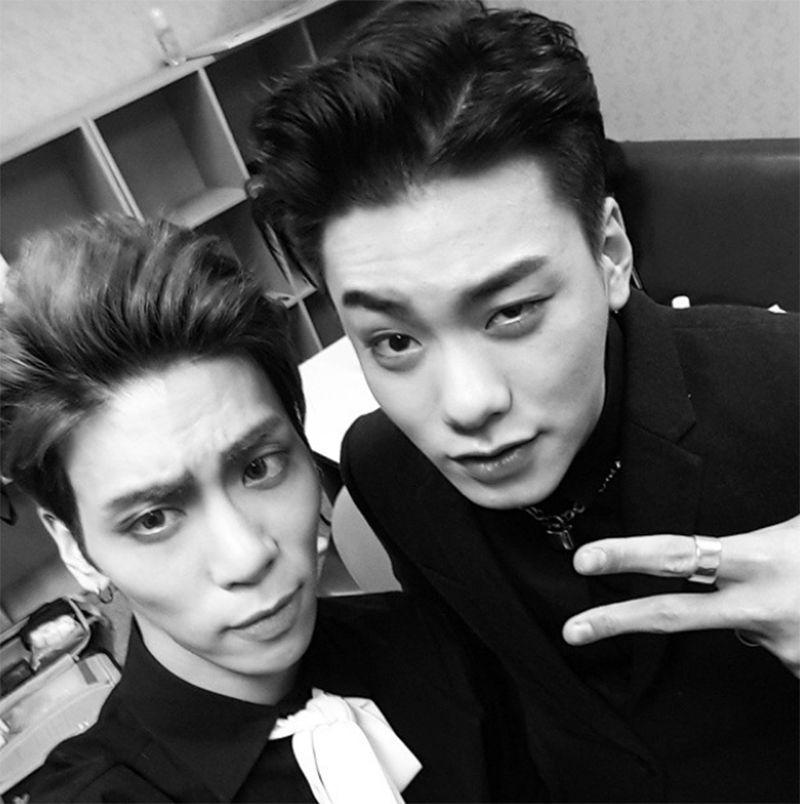 Jonghyun Pics Jonghyun Iron Rapper Shinee Jonghyun