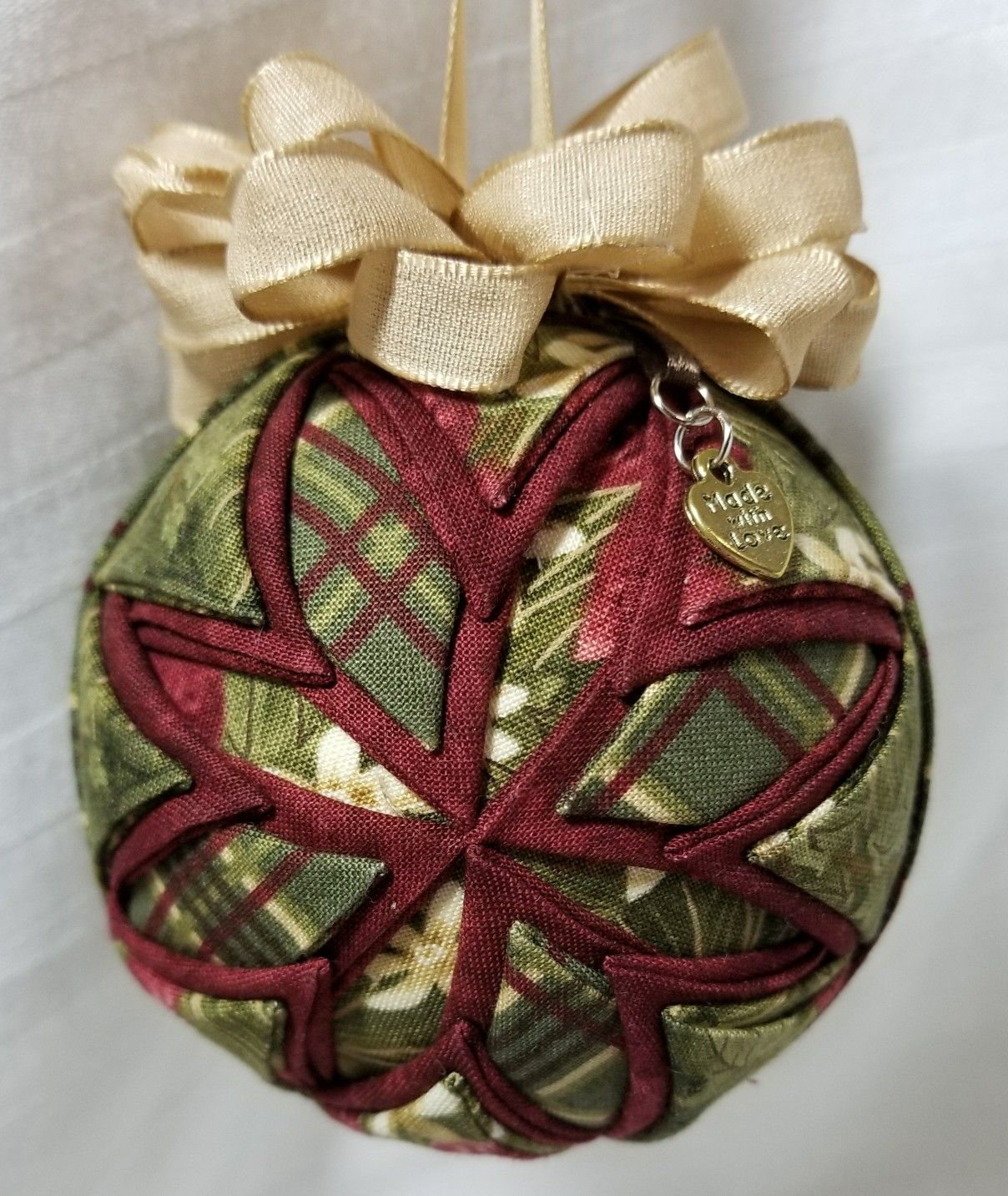 Folded Fabric Ornament Ball Made By Kathy Hatch Fabric Ornaments Sewn Christmas Ornaments Folded Fabric Ornaments