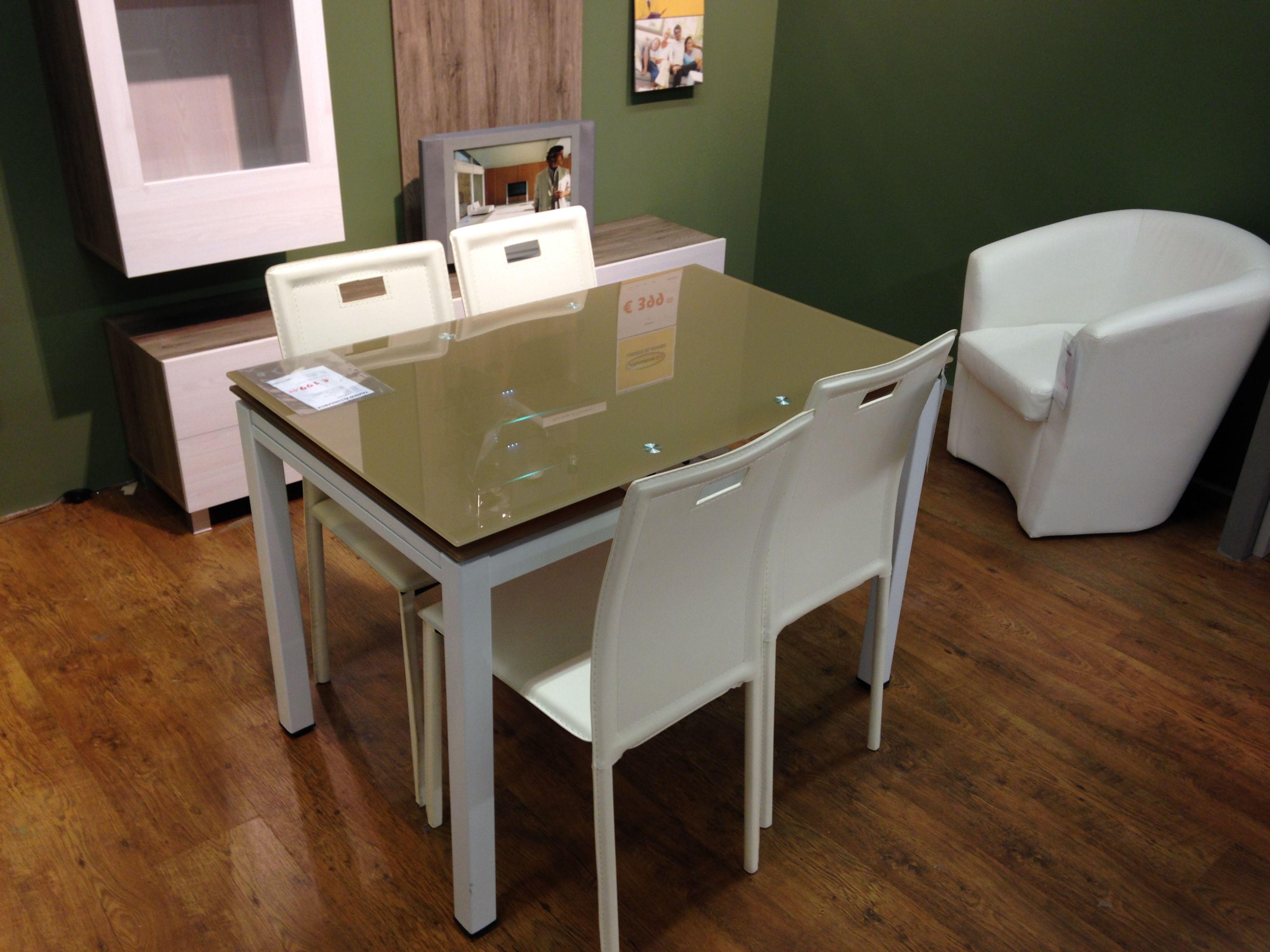 Tavolini Da Soggiorno Mercatone Uno.Gradevole Tavolino Del Mercatone Uno Tavolini E Cucine