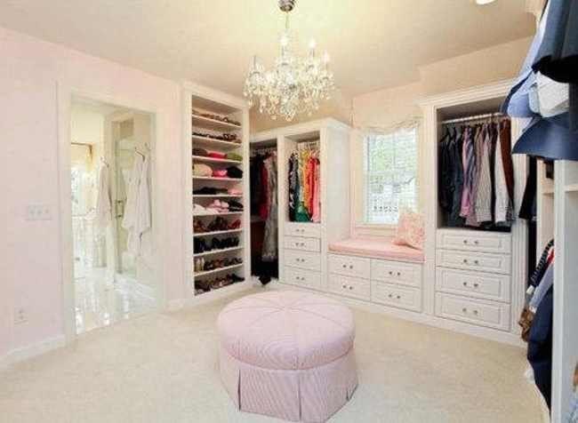 Walk In Closet Designs For Teenage Girls 650x476