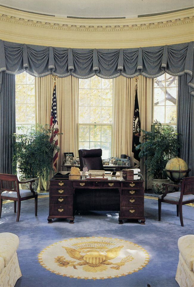 oval office wallpaper. The Oval Office During George H. W. Bush Administration. Wallpaper