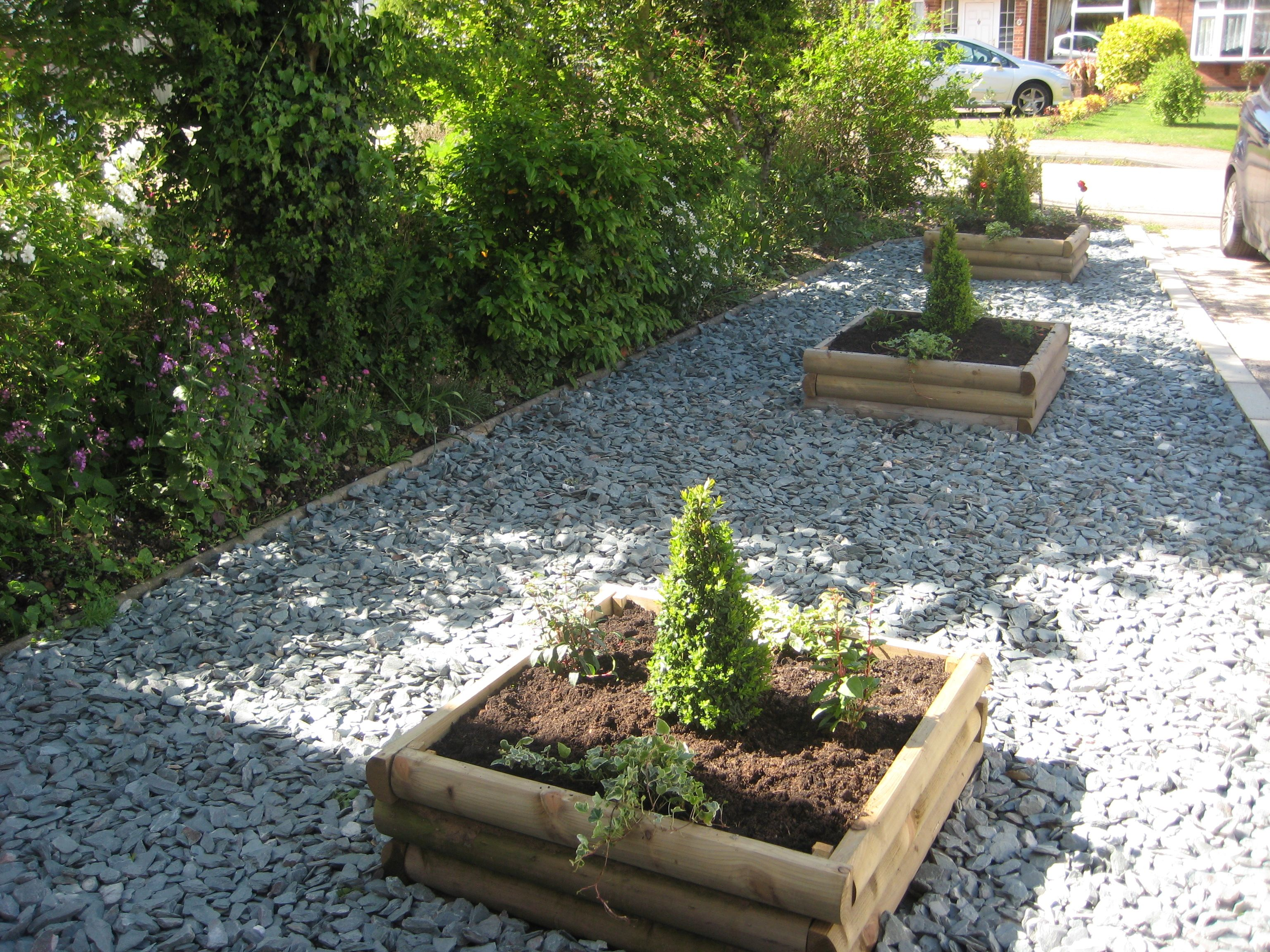 slate garden landscaping Grey Slate 40mm | Customer Photos- Slate Chippings | Slate