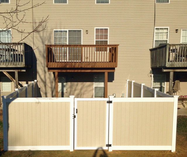 Two Tone Vinyl Privacy Fence Style Oklahoma With Two Tone